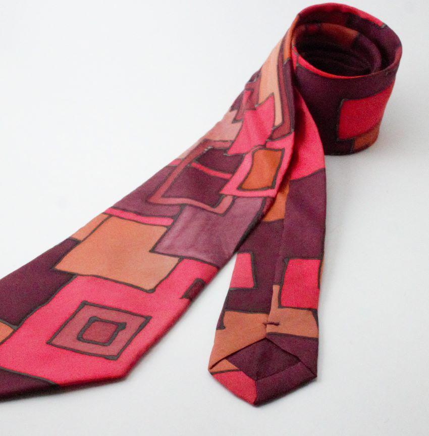 piros kézzel festett selyem nyakkendő
