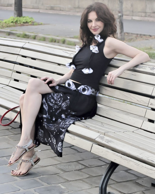 silk skirt black
