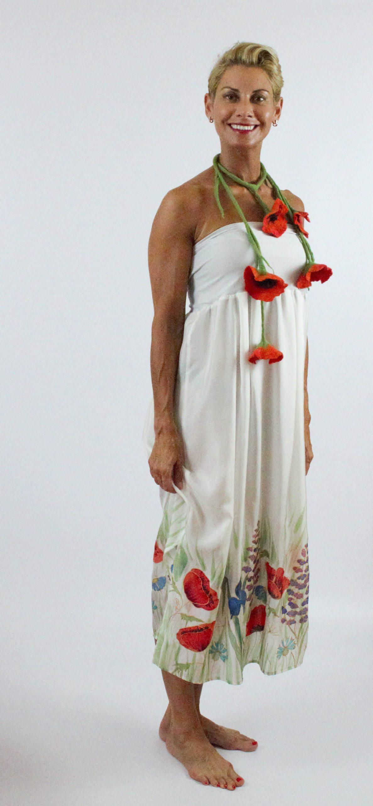 valódi selyem ruha kézzel festett virágokkal