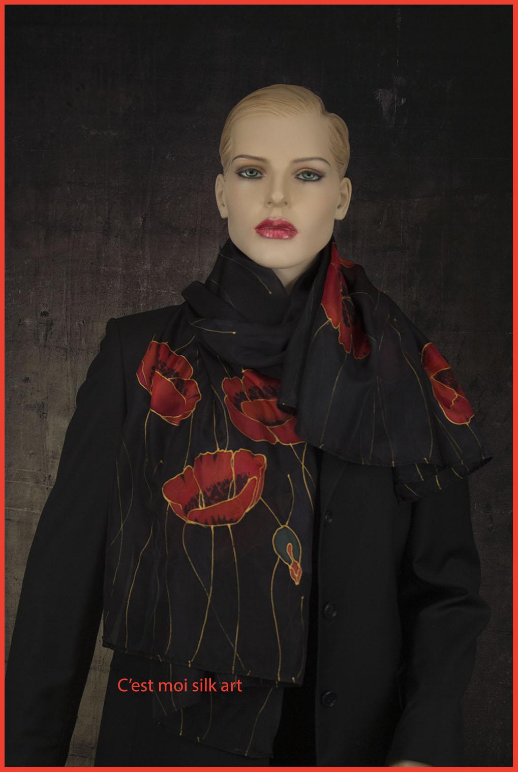 selyem sál fekete piros pipacsokkal 02