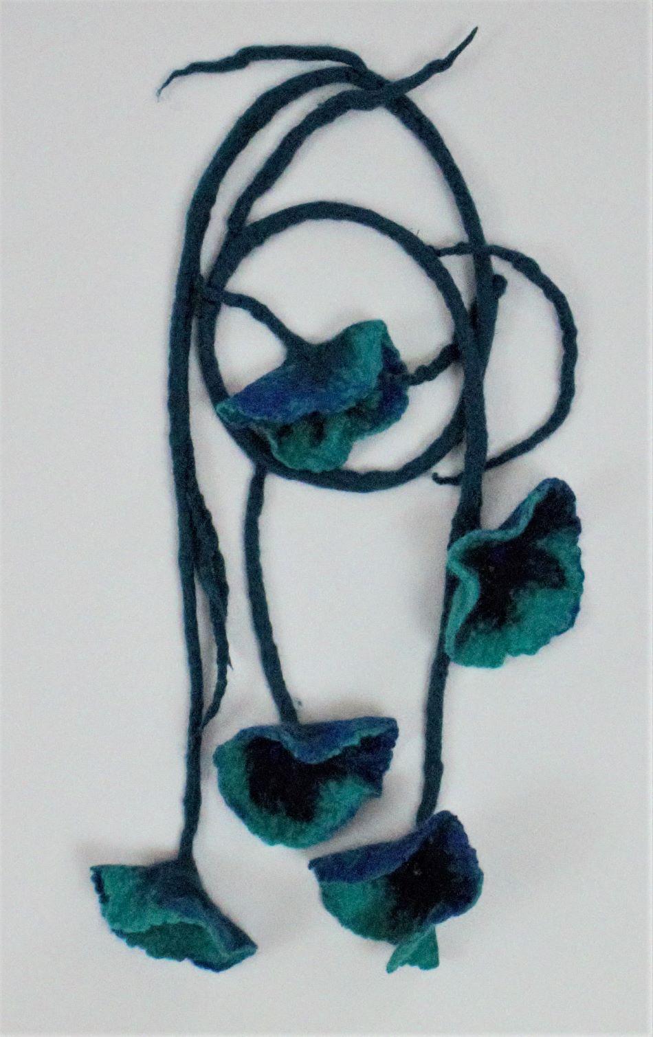 nemezelt virág lánc