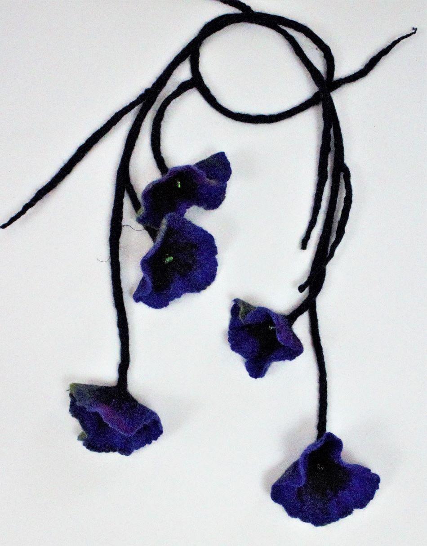 nemezelt virág nyaklánc