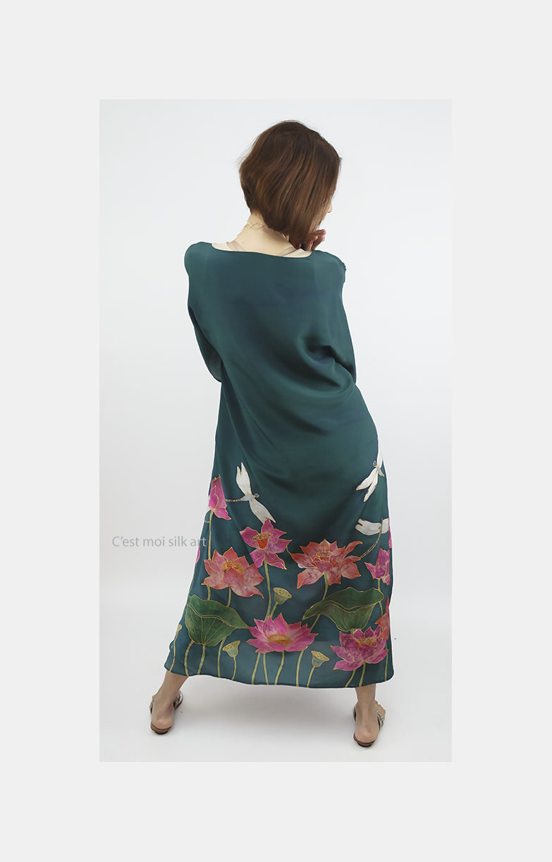 selyem crepe de chine kézzel festett ruha zöld lótuszokkal 10