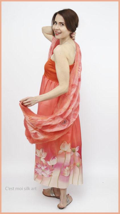 selyem ruha narancsos lótuszokkal 04