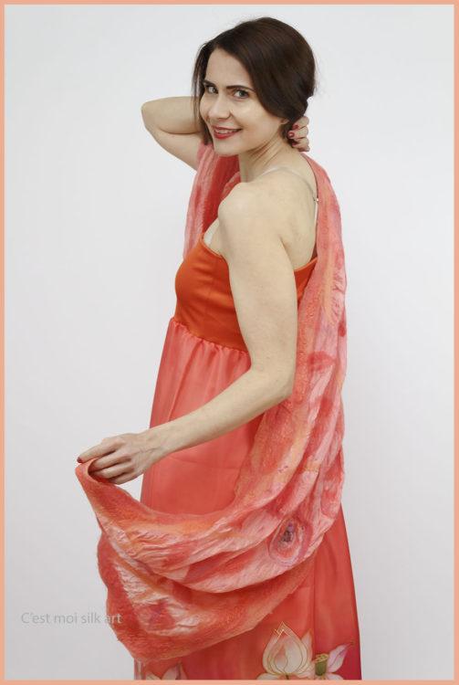 selyem ruha narancsos lótuszokkal 05