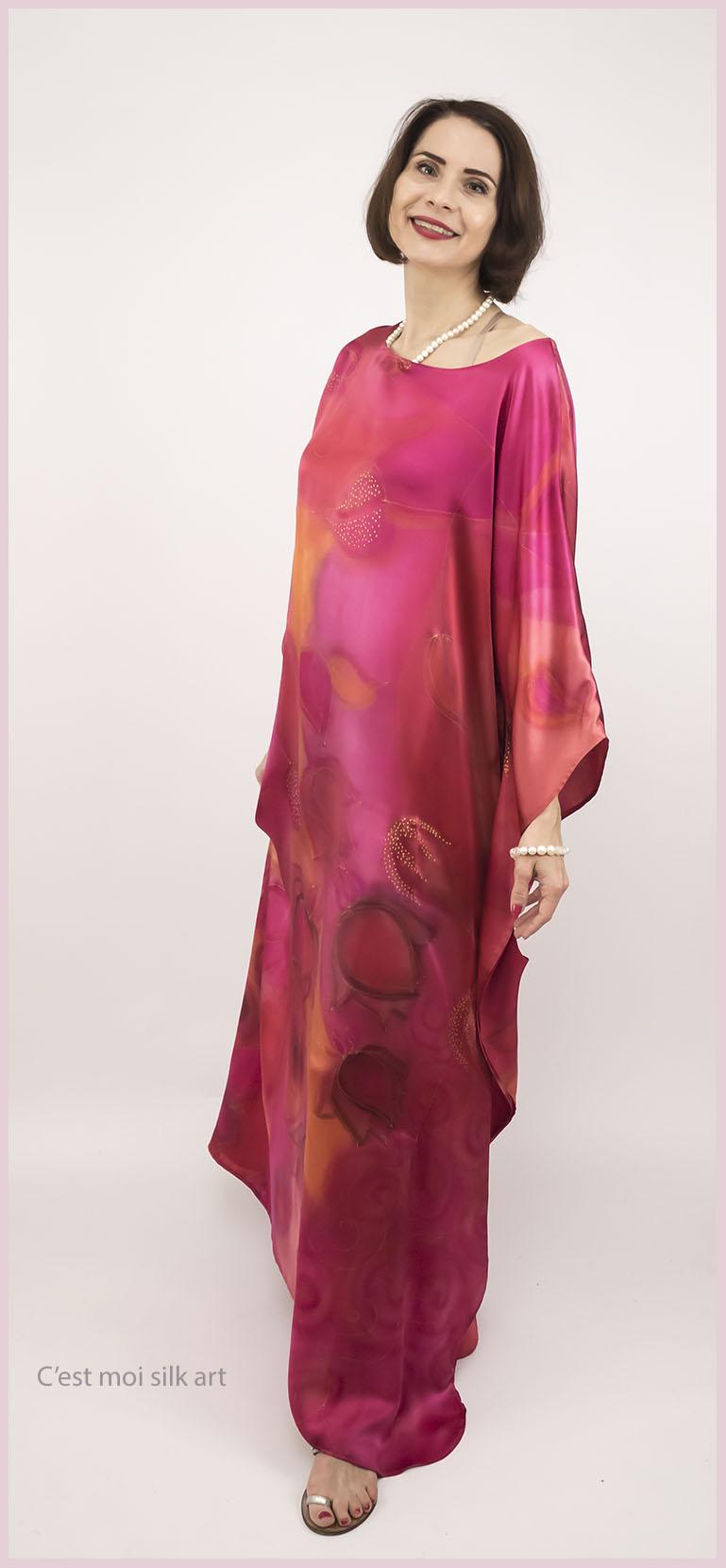 selyem szatén ruha japán újjal ciklámen lótuszok 03