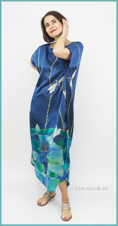 selyem szatén ruha szitakötőkkel 01