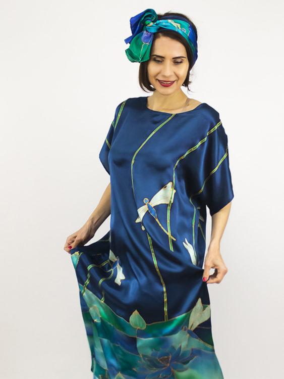 selyem szatén ruha szitakötőkkel 1125 1500