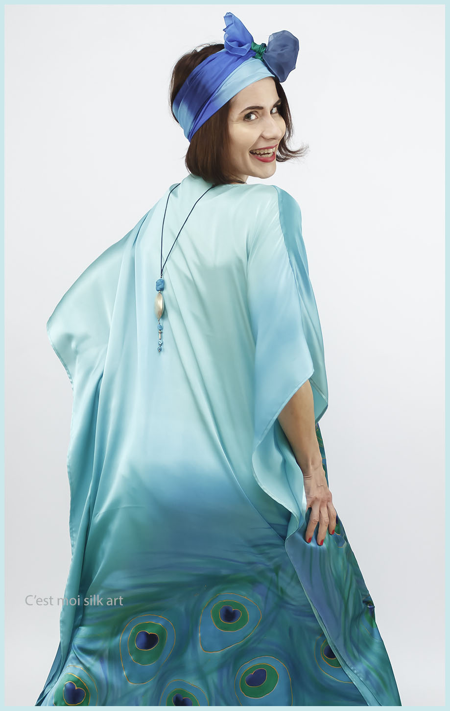 selyem szatén türkiz ruha páva mintás 11