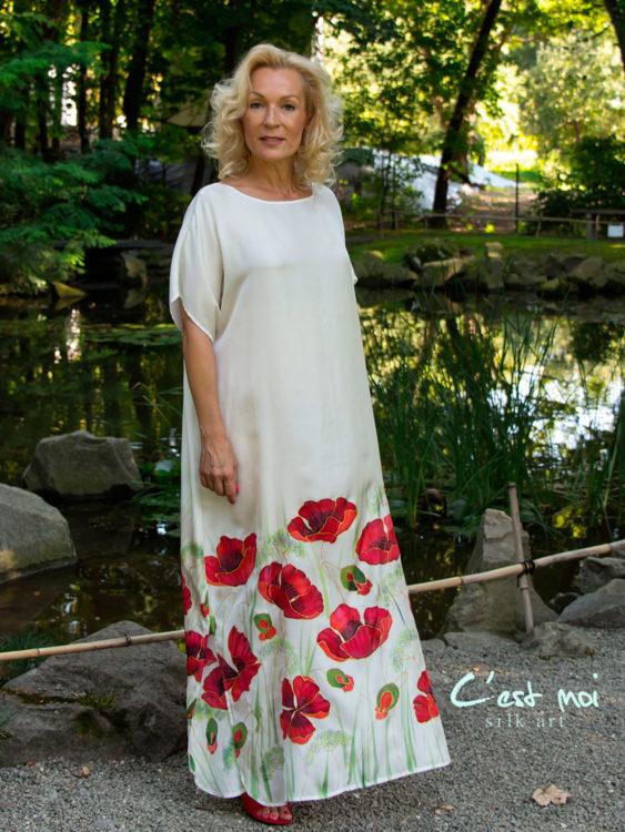 selyem-ruha-fehér-pipacsos-002