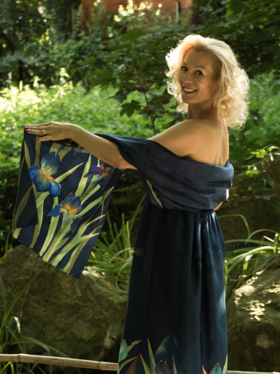 selyem-ruha-kék-íriszes-006