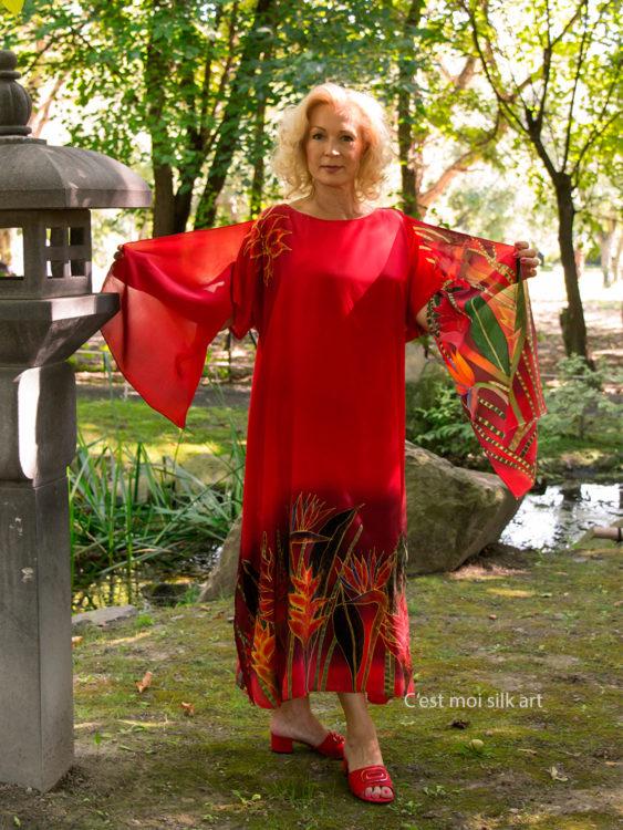 selyem-ruha-piros-trópusi-virágokkal-02